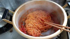 トマトの果肉たっぷりのナポリタン(パスタソース)/マ・マー_20200215_124221